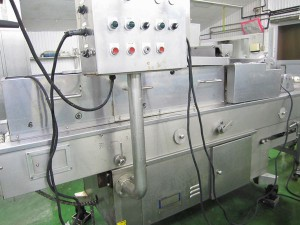 魚フライに使用する機械 阿波鳴食品